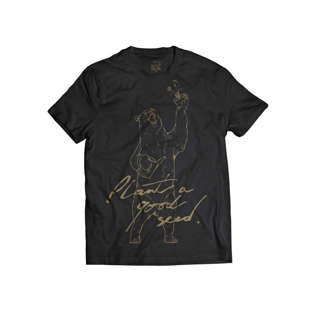 T-Shirt-MockUp_Front01