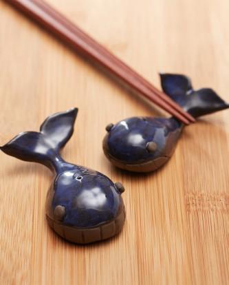 手工陶作-一對對《鯨魚》黑陶筷架2