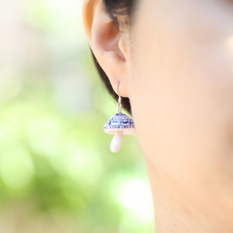 花草菇-手工白瓷純銀耳環2